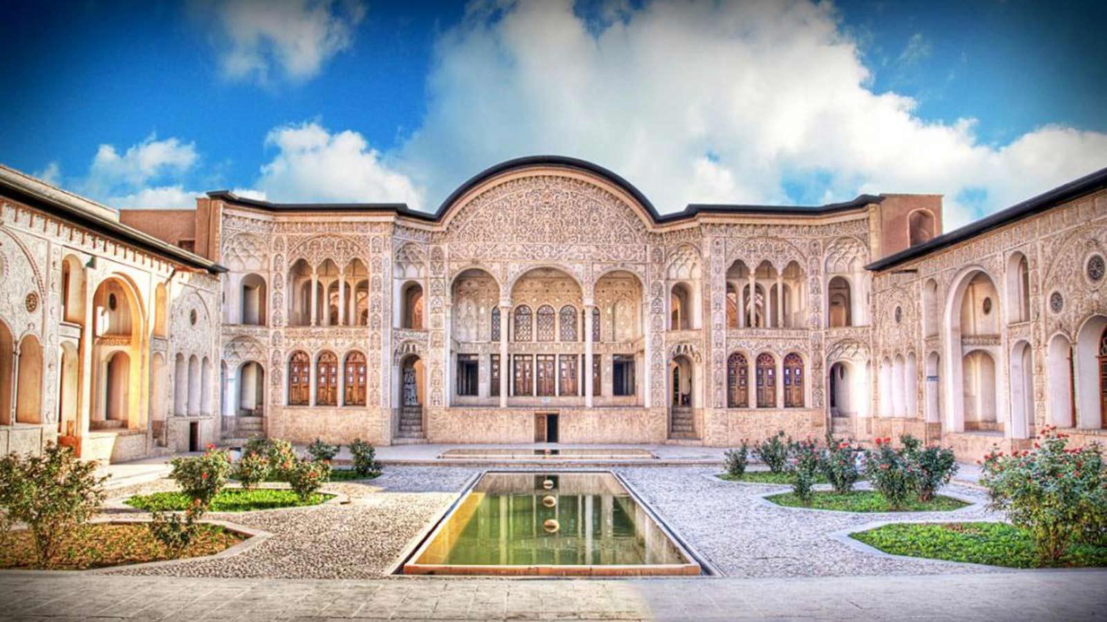 معماری ایران در مقایسه با جهان