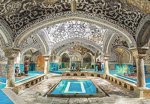 بررسی معماری دوره قاجار
