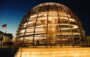 نورمن فاستر-معماری اکوتک