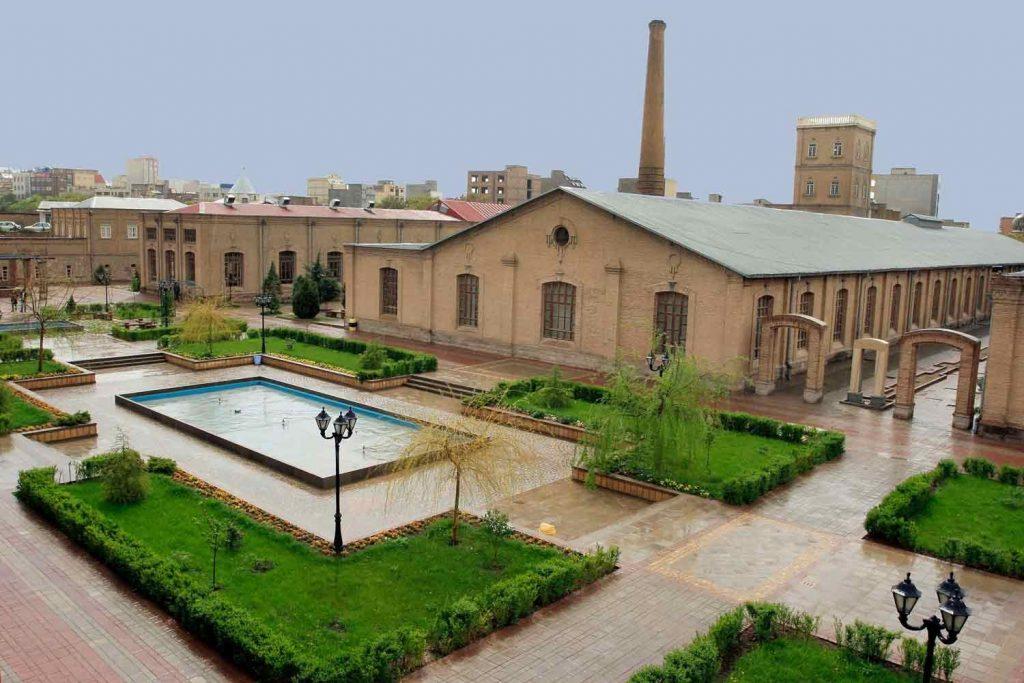 دانشگاه ازاد هنر تبریز
