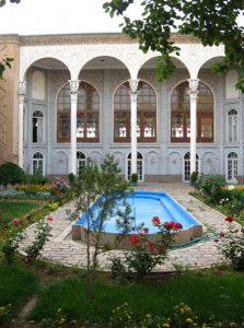 ورودی-دانشگاه هنر تبریز