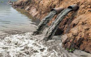 آلوده کننده های عمده آب